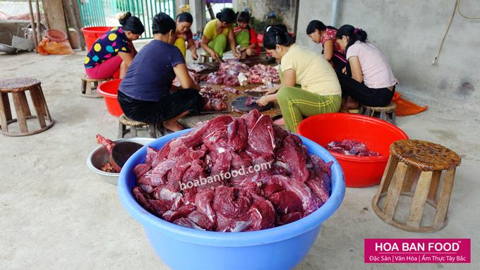 Làm Thịt Bò Gác Bếp | HOABANFOOD.com